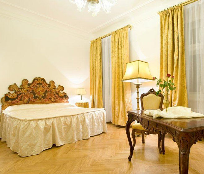 Charles bridge palace hotel old town praha 1 mary 39 s for Charles hotel prague